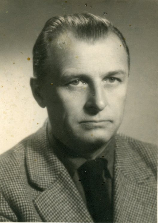 Gerard Ciolek, B&amp;W photo, 56Kb